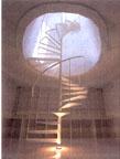 何処まで行くの?、螺旋階段。