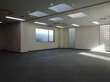 基準階の室内。2?4階は同じ間取です。