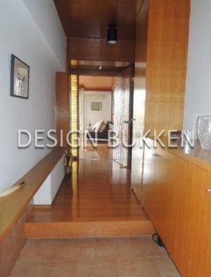 室内スペース: 玄関廻り