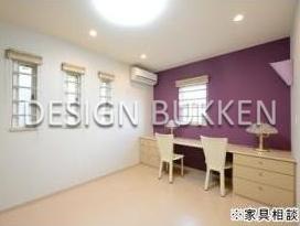 室内スペース: 洋室も個性的