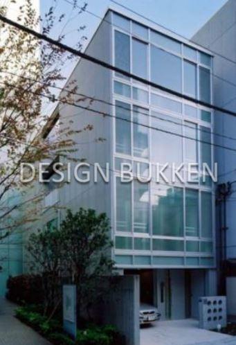 建物外観: 築浅でデザイン性も高い